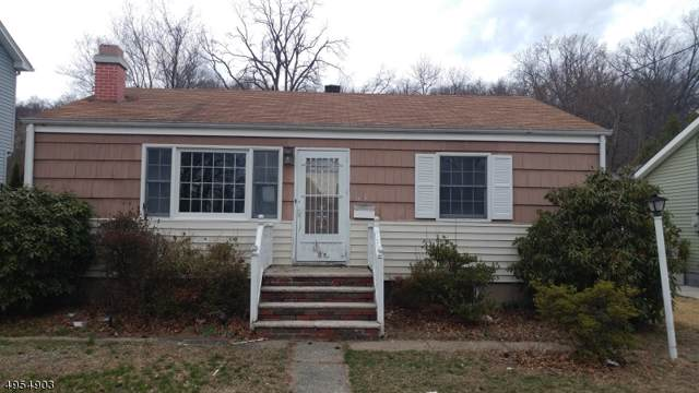 1031 Colfax Ave, Pompton Lakes Boro, NJ 07442 (MLS #3610306) :: The Karen W. Peters Group at Coldwell Banker Residential Brokerage
