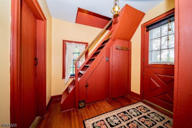 8 Auryansen Ct, Closter Boro, NJ 07624 (#3610321) :: Proper Estates