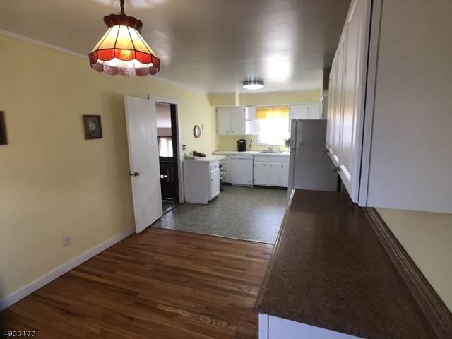 107 Cedar Grove Rd, Branchburg Twp., NJ 08876 (MLS #3611104) :: Vendrell Home Selling Team