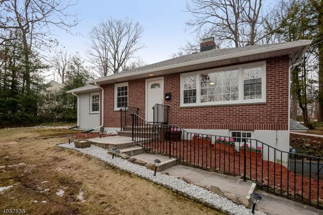 255 Mountain Ave, New Providence Boro, NJ 07974 (MLS #3611971) :: The Sikora Group