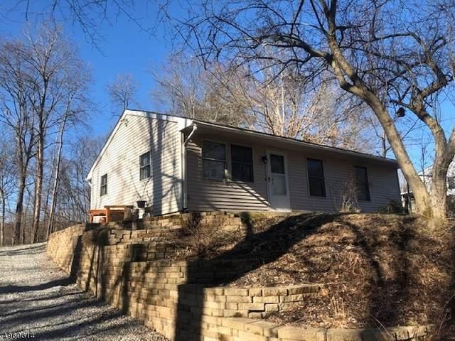105 Woody Ln, Hampton Twp., NJ 07860 (MLS #3614371) :: The Dekanski Home Selling Team