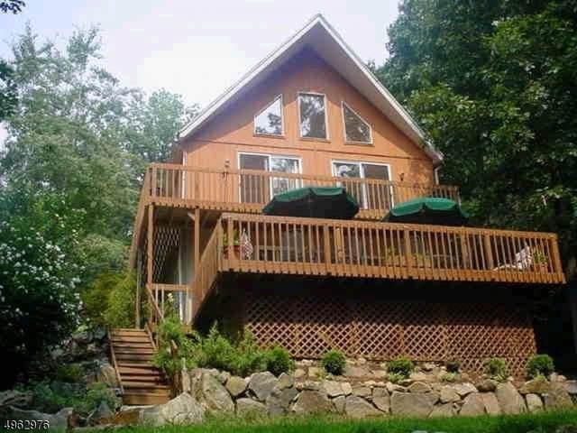 13 High View Ter, Jefferson Twp., NJ 07849 (MLS #3616373) :: The Lane Team