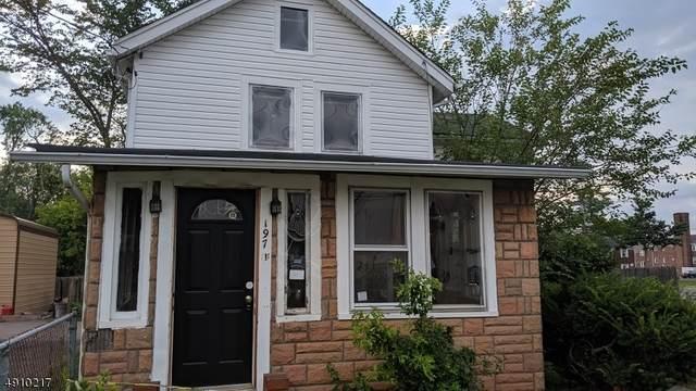 197 Davenport St, Somerville Boro, NJ 08876 (MLS #3616906) :: Pina Nazario