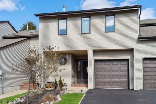 19 Linden Ct, Raritan Twp., NJ 08822 (MLS #3617266) :: The Dekanski Home Selling Team