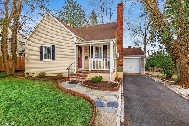 1 Beechwood Rd, Florham Park Boro, NJ 07932 (MLS #3618034) :: SR Real Estate Group