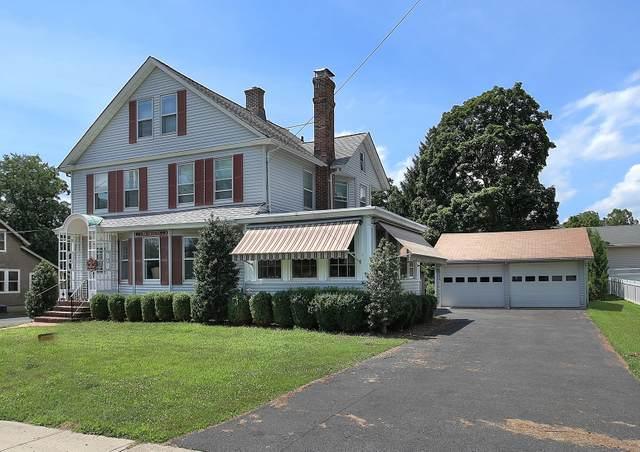 17 Demun Pl, Far Hills Boro, NJ 07931 (MLS #3618135) :: The Karen W. Peters Group at Coldwell Banker Realty