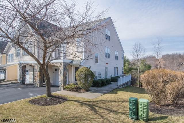 68 Mountainside Dr, Pompton Lakes Boro, NJ 07442 (MLS #3618704) :: The Karen W. Peters Group at Coldwell Banker Realty