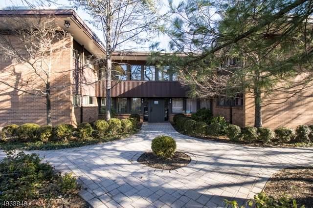 8 Shunpike Rd, Madison Boro, NJ 07940 (MLS #3623371) :: Zebaida Group at Keller Williams Realty