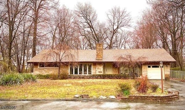 44 Minnisink Rd, Wayne Twp., NJ 07470 (MLS #3625404) :: The Karen W. Peters Group at Coldwell Banker Realty