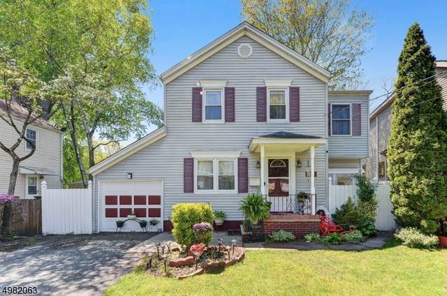 332 Midland Ave, Paramus Boro, NJ 07652 (#3633350) :: NJJoe Group at Keller Williams Park Views Realty