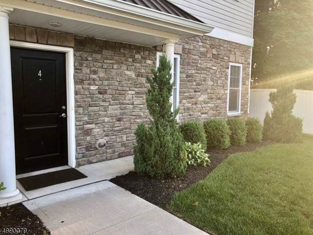 4 Elston Ct, Wanaque Boro, NJ 07420 (MLS #3640422) :: The Karen W. Peters Group at Coldwell Banker Realty