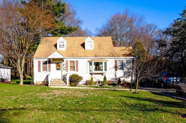 211 E Mc Clellan Ave, Livingston Twp., NJ 07039 (#3640511) :: Bergen County Properties