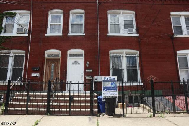 902 3RD AVE, Elizabeth City, NJ 07202 (MLS #3643683) :: Kiliszek Real Estate Experts