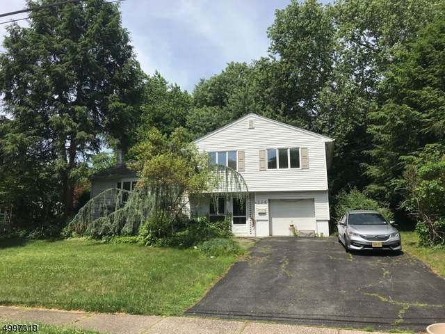236 Jeffer St, Ridgewood Village, NJ 07450 (MLS #3646910) :: Kiliszek Real Estate Experts