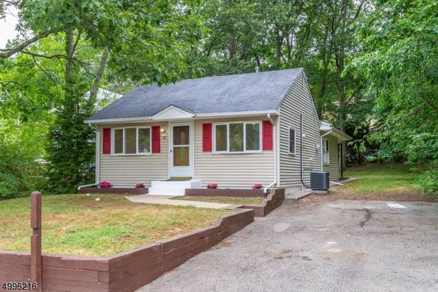 19 Greenwood Ave, Hopatcong Boro, NJ 07874 (MLS #3647264) :: The Sikora Group