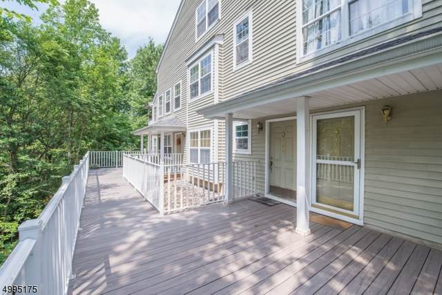 1023 Castle Rd, Mahwah Twp., NJ 07430 (#3648986) :: NJJoe Group at Keller Williams Park Views Realty