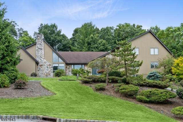 17 Lockhern Dr, Livingston Twp., NJ 07039 (MLS #3649745) :: Weichert Realtors