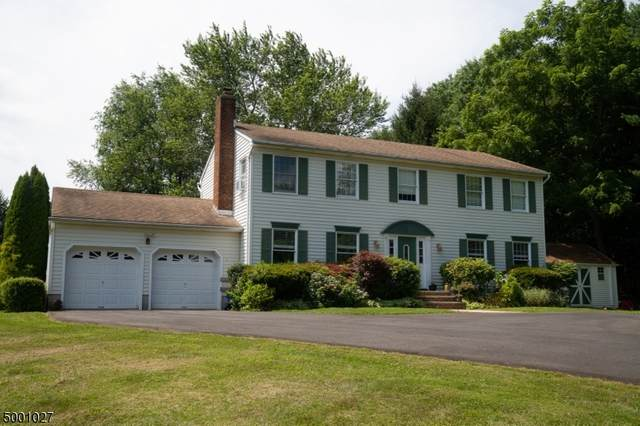 32 Goldfinch Lane, Readington Twp., NJ 08853 (MLS #3650158) :: Team Francesco/Christie's International Real Estate