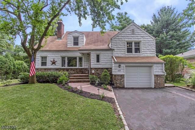 878 Hillside Ave, Mountainside Boro, NJ 07092 (MLS #3652591) :: The Dekanski Home Selling Team