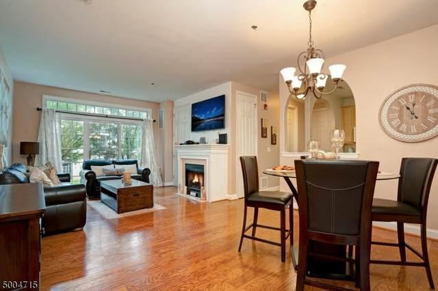 195 Horseshoe Ct, Lopatcong Twp., NJ 08865 (MLS #3653809) :: Team Francesco/Christie's International Real Estate