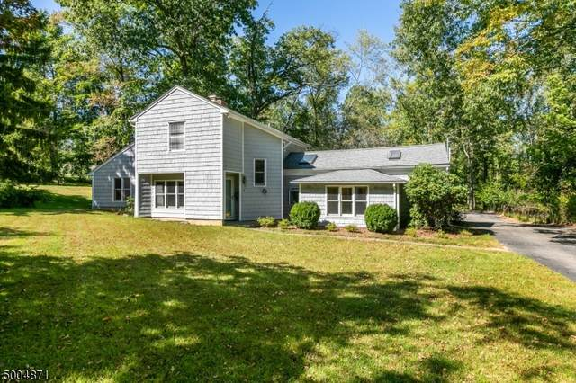 4 Valley View Dr, Chester Twp., NJ 07930 (MLS #3654395) :: The Douglas Tucker Real Estate Team