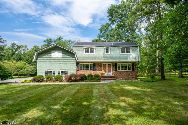 32 Cliffwood Rd, Chester Twp., NJ 07930 (MLS #3655045) :: The Lane Team