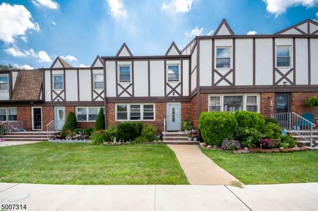10 Tudor Pl, Mount Olive Twp., NJ 07828 (#3655934) :: NJJoe Group at Keller Williams Park Views Realty