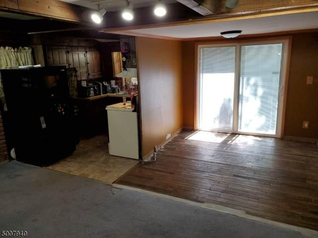 21 E Brook Ln, Hampton Twp., NJ 07860 (MLS #3656407) :: The Dekanski Home Selling Team