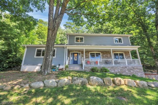 91 Cedar Rd, Ringwood Boro, NJ 07456 (MLS #3657128) :: The Karen W. Peters Group at Coldwell Banker Realty