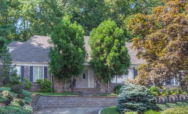 37 N Hillside Ave, Livingston Twp., NJ 07039 (MLS #3657287) :: Team Francesco/Christie's International Real Estate
