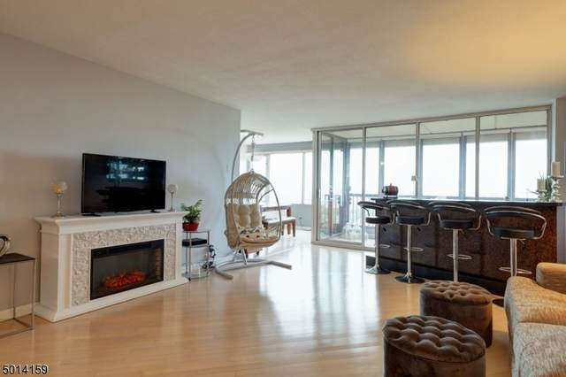 6 Horizon Rd #2202, Fort Lee Boro, NJ 07024 (MLS #3662006) :: SR Real Estate Group