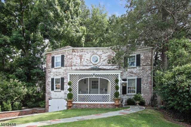 42 Whittingham Ter, Millburn Twp., NJ 07041 (MLS #3663232) :: The Dekanski Home Selling Team