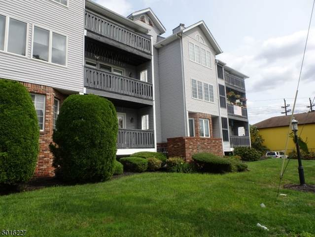 900 Van Houten Ave, Clifton City, NJ 07013 (MLS #3664354) :: Pina Nazario
