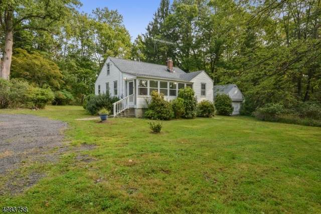 8 Old Mill Rd, Chester Twp., NJ 07930 (MLS #3664991) :: The Sikora Group