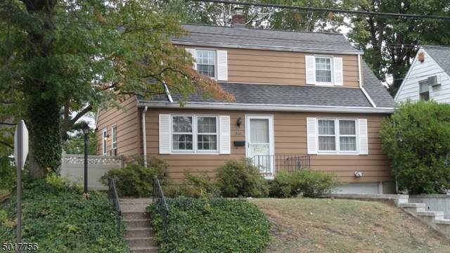 521 Burton Ave, Hasbrouck Heights Boro, NJ 07604 (MLS #3665300) :: The Sue Adler Team