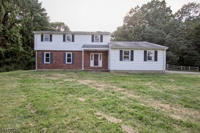 412 Berry Dr, Lebanon Twp., NJ 08826 (MLS #3666025) :: Pina Nazario