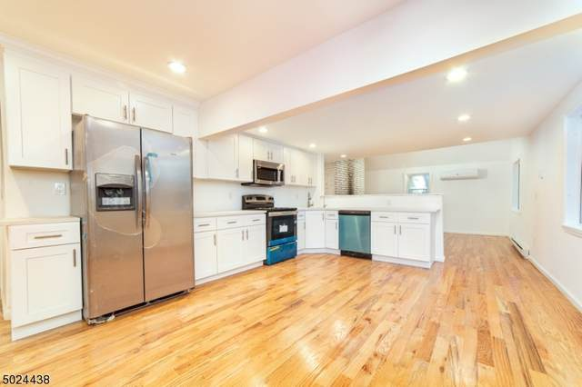 20 Orchard Dr, Vernon Twp., NJ 07462 (MLS #3671386) :: The Sikora Group