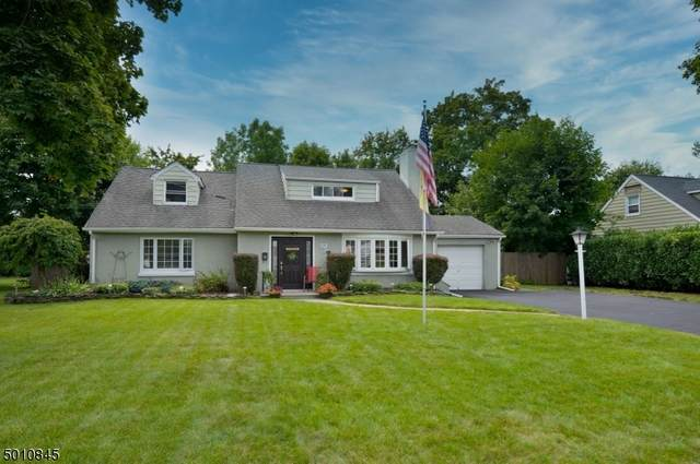 19 Dale Ave, Pequannock Twp., NJ 07444 (MLS #3672091) :: The Sikora Group