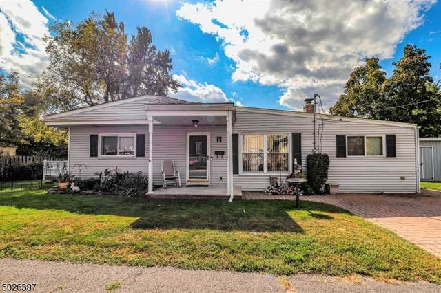 9 View St, Manville Boro, NJ 08835 (MLS #3673146) :: The Sikora Group