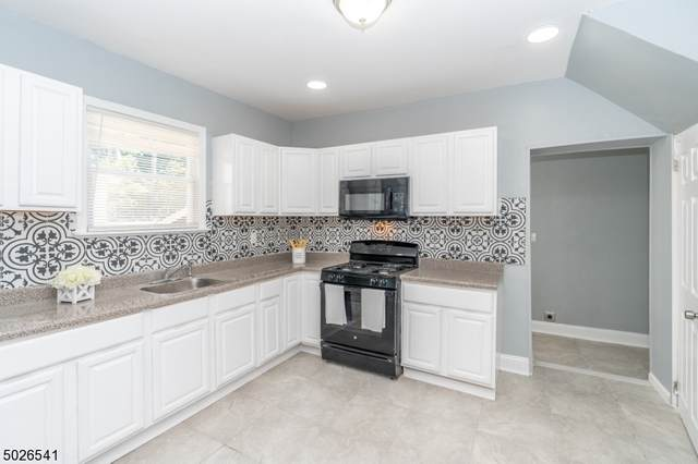 34 Pine Grove Ter, Newark City, NJ 07106 (MLS #3673457) :: Coldwell Banker Residential Brokerage