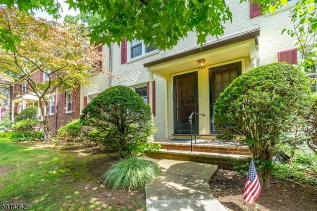 202 E Lincoln Park, Cranford Twp., NJ 07016 (MLS #3674436) :: The Debbie Woerner Team