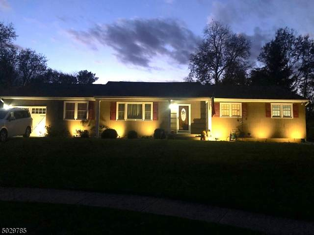 25 Chaucer Ter, Lopatcong Twp., NJ 08865 (MLS #3676654) :: Team Cash @ KW