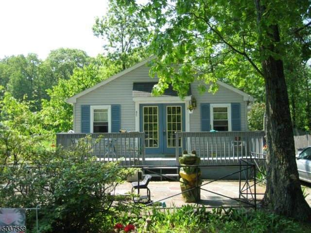 86 E Shore Lake Owassa Rd, Frankford Twp., NJ 07860 (MLS #3683228) :: The Premier Group NJ @ Re/Max Central