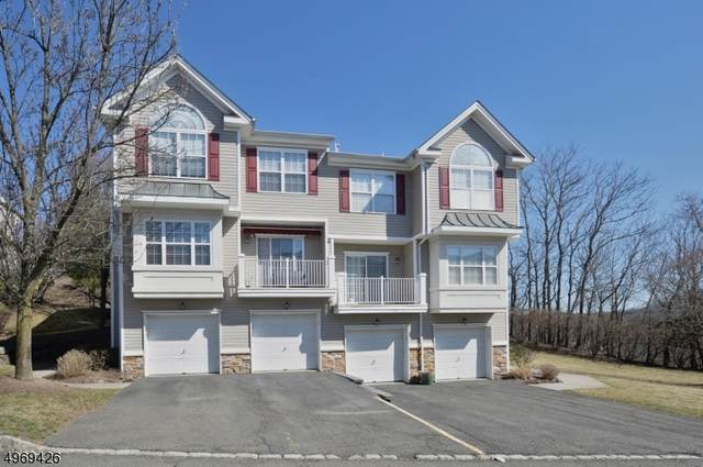 92 Lakeview Ct, Pompton Lakes Boro, NJ 07442 (MLS #3684724) :: Caitlyn Mulligan with RE/MAX Revolution