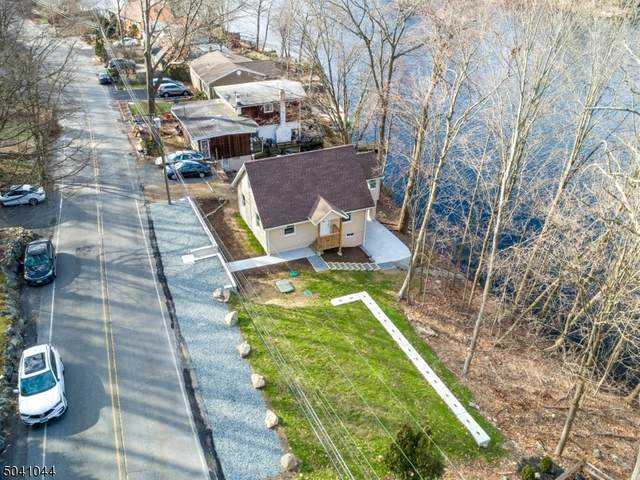 427 Skyline Lake Dr, Ringwood Boro, NJ 07456 (MLS #3686616) :: The Karen W. Peters Group at Coldwell Banker Realty