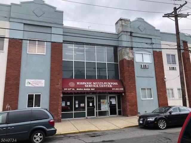 909 E 23Rd St, Paterson City, NJ 07513 (MLS #3687637) :: Gold Standard Realty