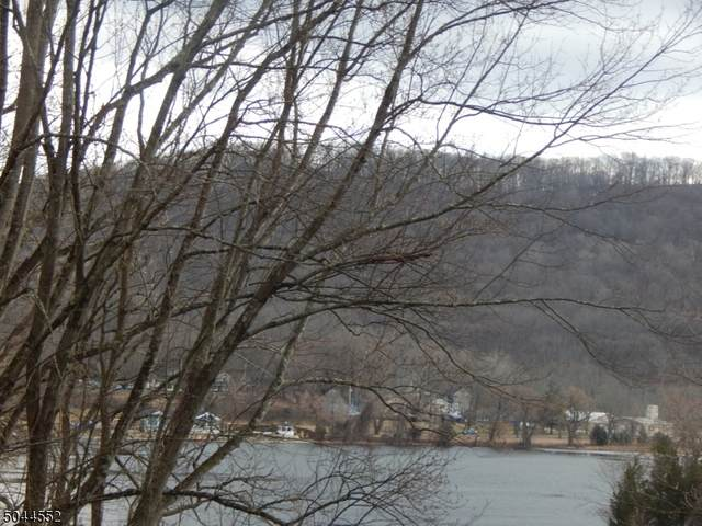 169 Lakeside Dr W, Liberty Twp., NJ 07823 (MLS #3689106) :: The Sikora Group