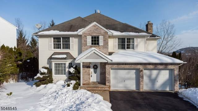 8 Cumberland Ave, Totowa Boro, NJ 07512 (MLS #3691918) :: Team Cash @ KW