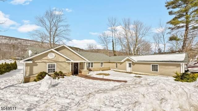 41 Pinecliff Lake Dr, West Milford Twp., NJ 07480 (MLS #3693222) :: SR Real Estate Group