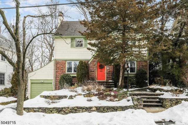 31 S Pierson Rd, Maplewood Twp., NJ 07040 (MLS #3694205) :: SR Real Estate Group
